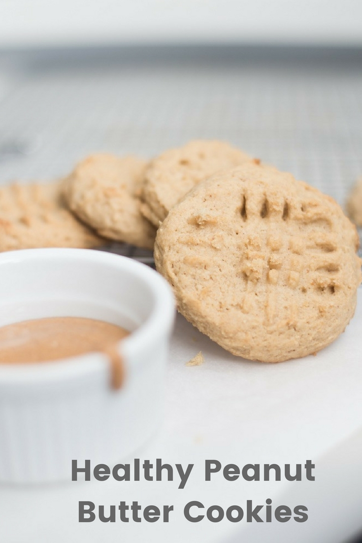 Healthy Peanut Butter Cookies!. A delicious easy recipe that won't ruin your diet or healthy eating. Real life weight loss means enjoying good food and treats, but they don't have to be junkey!