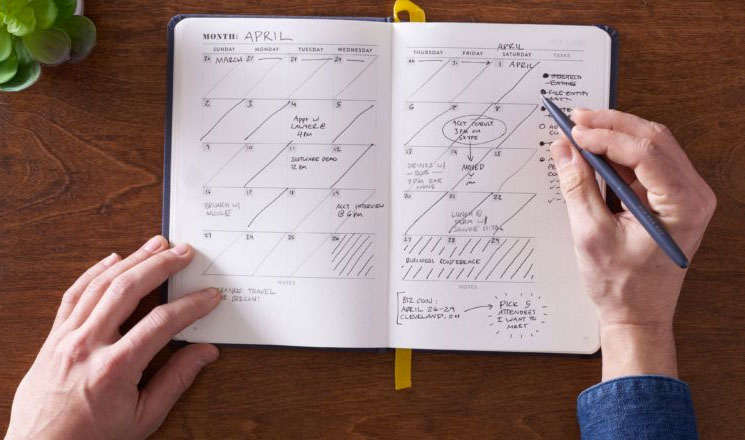 10 Things to Do Every Month to be ORGANIZED
